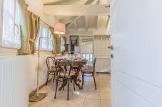 Apartment in Perledo - Villa Fiorella Dependance